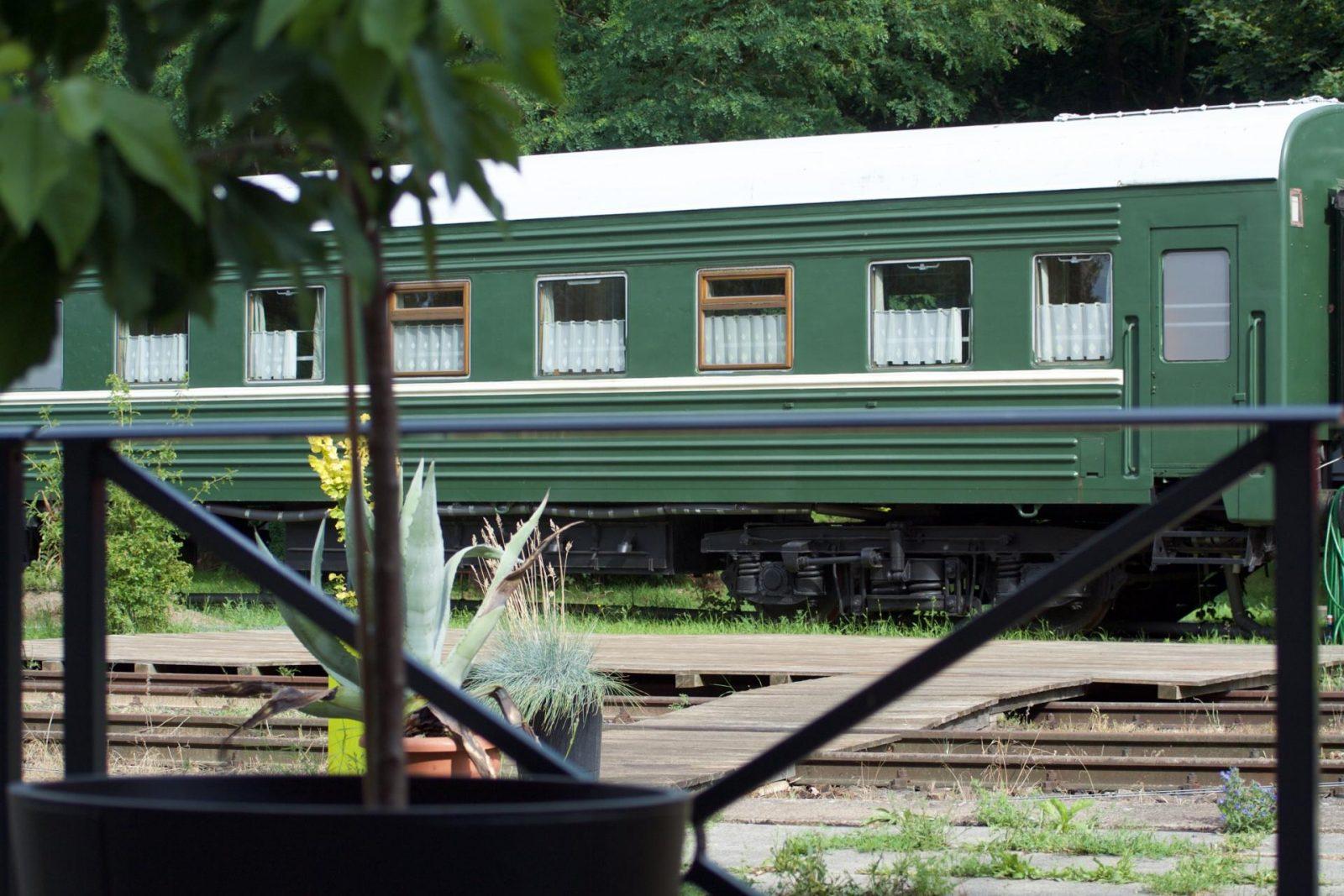 Brandenburgs Erlebnisbahnhof Rehagen für Bahn- und Genussfans
