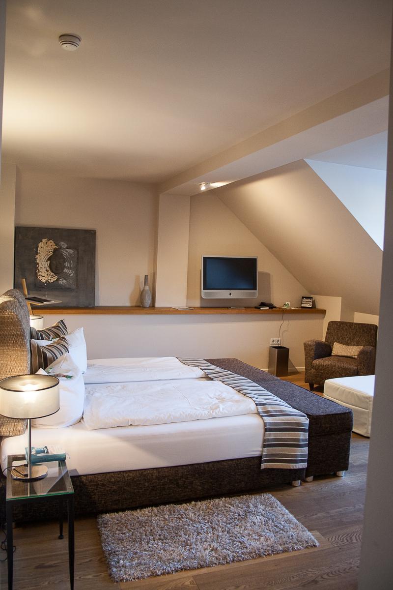 Gasthof zur Linde Wildenbruch Flaeming Zimmer Seitenansicht | Pinspiration