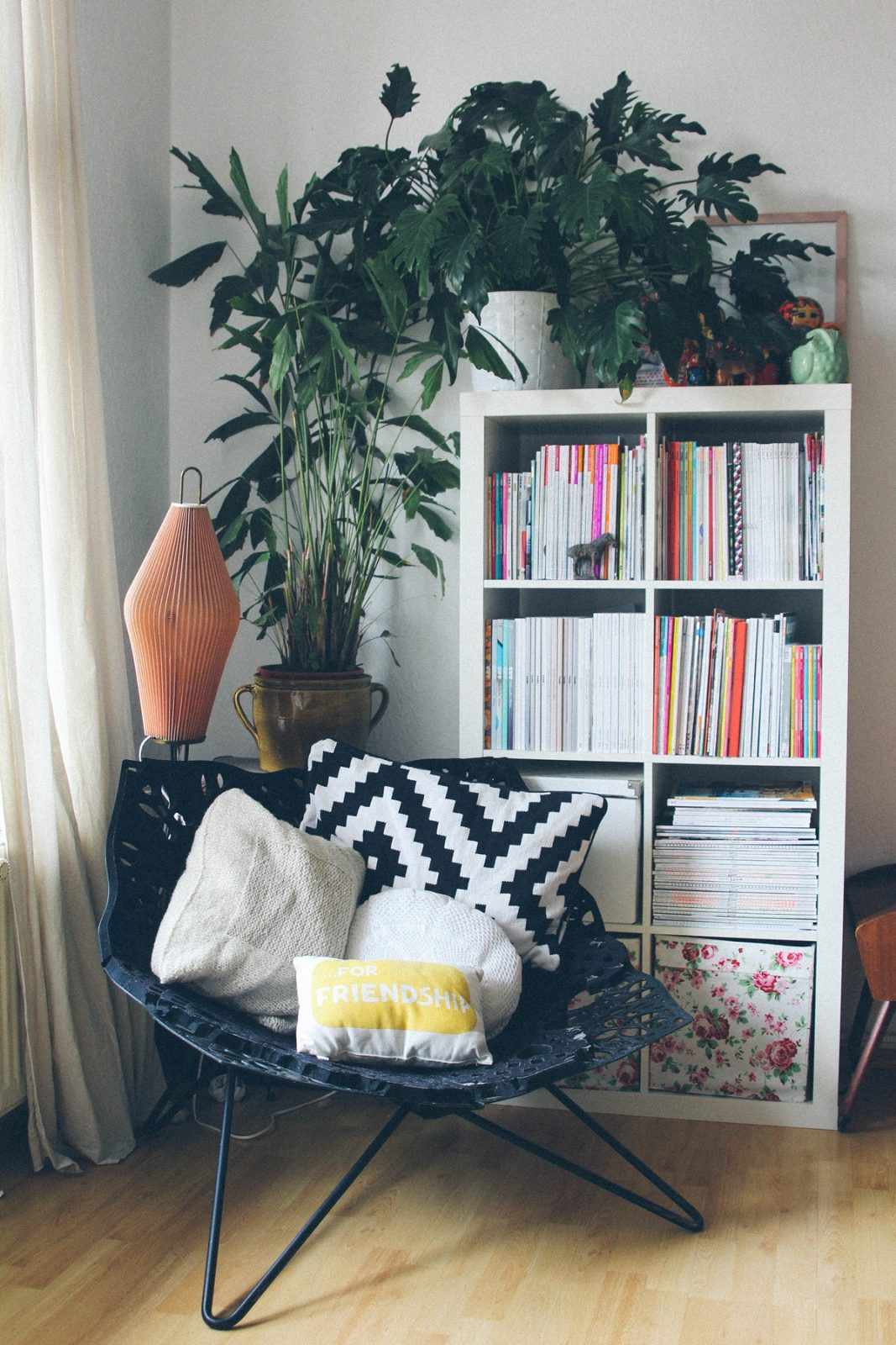 Urban Jungle Bloggers Wohnzimmer Pflanzen Deko