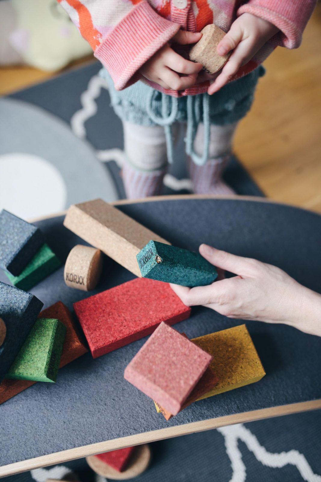 Mit Korxx Naturkork Bausteinen nachhaltig bauen & VERLOSUNG | Pinspiration.de