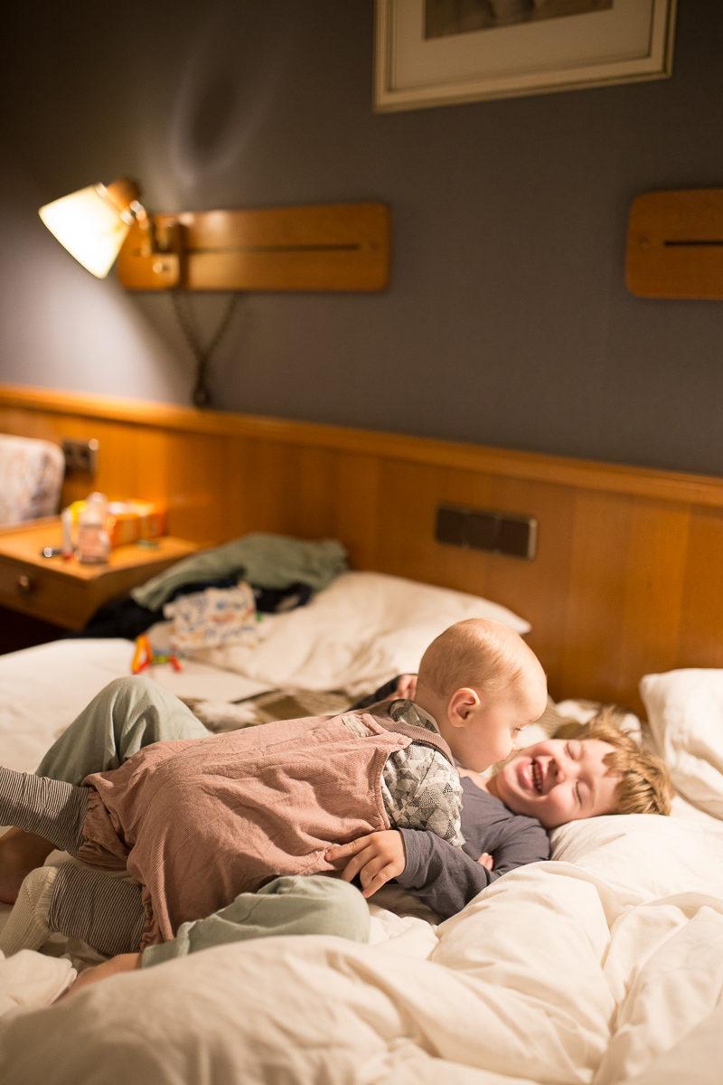 Guter Schlaf liegt in der Luft(kanaltechnologie): Mein Tag bei Pampers & Interview mit Kinderarzt & Schlafexperte sowie Kinderdermatologin   Pinspiration
