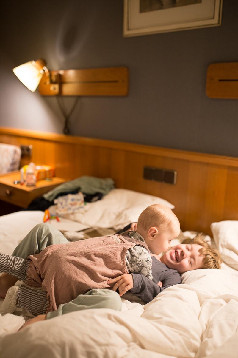 Guter Schlaf liegt in der Luft(kanaltechnologie): Mein Tag bei Pampers & Interview mit Kinderarzt & Schlafexperte sowie Kinderdermatologin | Pinspiration