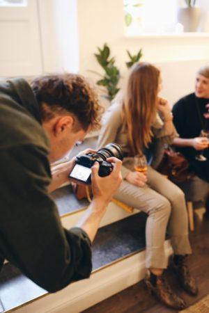 fiverr Deutschland: Der Online-Marktplatz für Freelancer | auf fiverr.com findet ihr aus +190 Ländern alle wichtigen digitalen und kreativen Services wie Übersetzung, Grafik-Design, Illustration, Video-Produktion, Programmierung, Marktanalyse oder Beratung uvm. In unserer Fiverr Deutschland Gruppenpinnwand mit Pinspiration stellen wir Euch diese spannende Vielfalt unserer Freelancer aus Deutschland, Österreich, Schweiz und ganz Europa vor. Seid ihr dabei? | Pinspiration.de