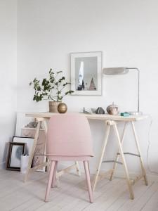 Pantone of the year 2016: Small-Swedish-Studio-workspace