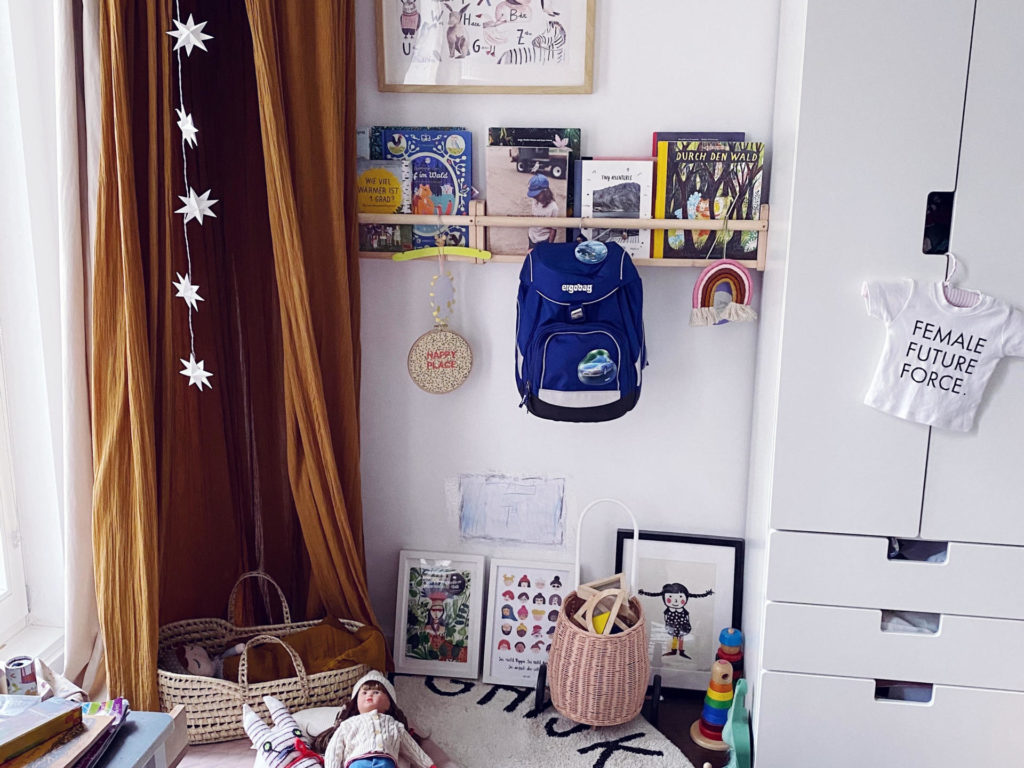 Der beste Schulstart- Von Accessoires, Einladung, Kinderschreibtisch, Schulranzen bis Zuckertüte | Pinspiration.de