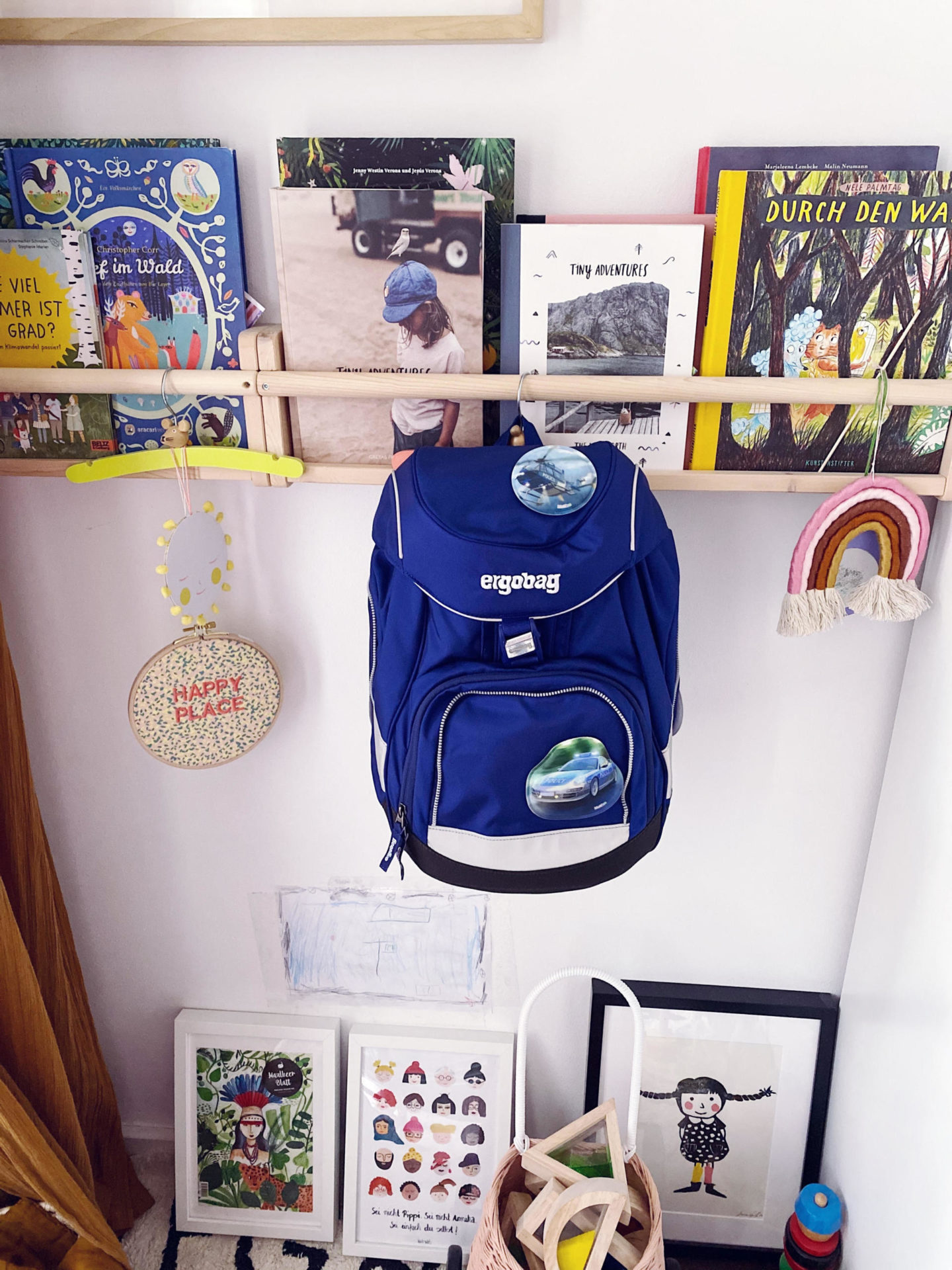 Der beste Schulstart: Von Accessoires, Einladung, Kinderschreibtisch, Schulranzen bis Zuckertüte | Pinspiration.de