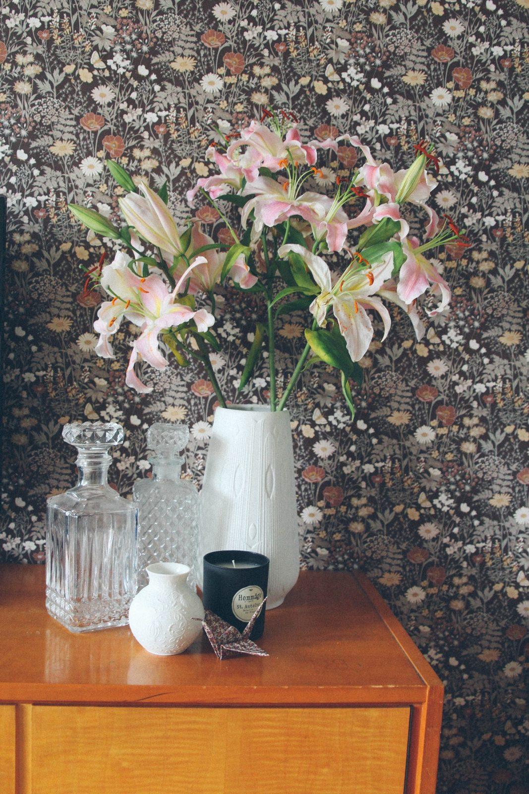 Urban Jungle Bloggers Wohnzimmer Blumen